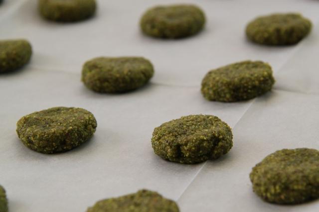 עוגיות לפסח: עוגיות פיסטוק ושוקולד1