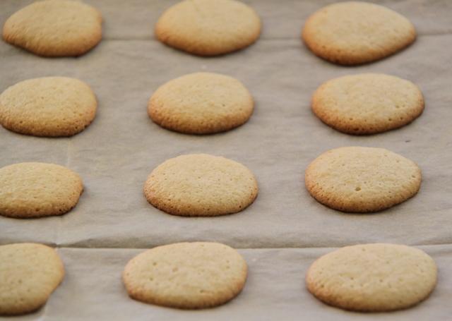 עוגיות לפסח: עוגיות אמרטי5