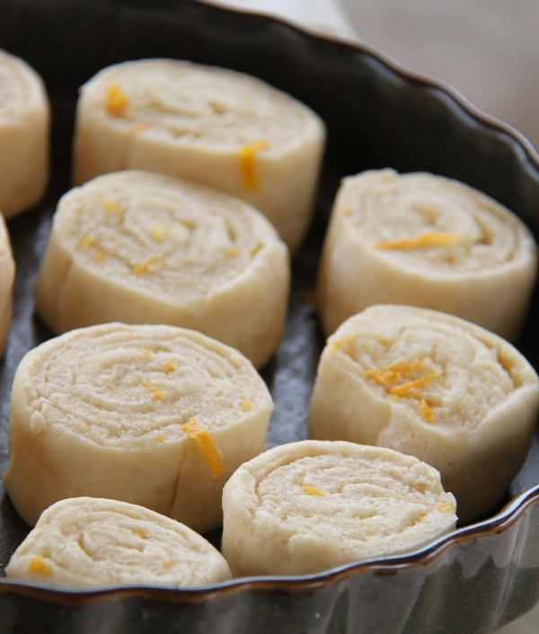עוגת שושנים דמוית שמרים בניחוח תפוזים_7