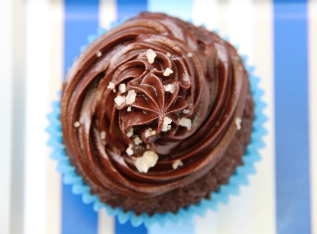 קאפקייקס שוקולד וקרמל מלוח12