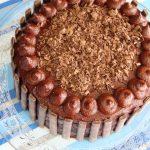 עוגת שוקולד וקרמל מלוח