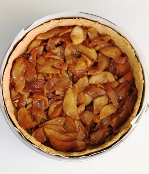 עוגת גבינה, תפוחים ופקאן6