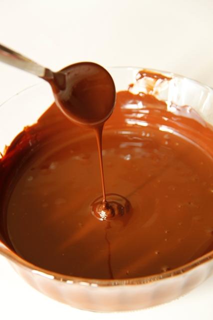 עוגת שוקולד ומרנג לוז2