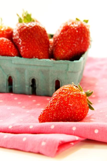 קאפקייקס תותים בקצפת1