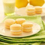 עוגיות מקרון בטעם לימון וקרם שמנת1
