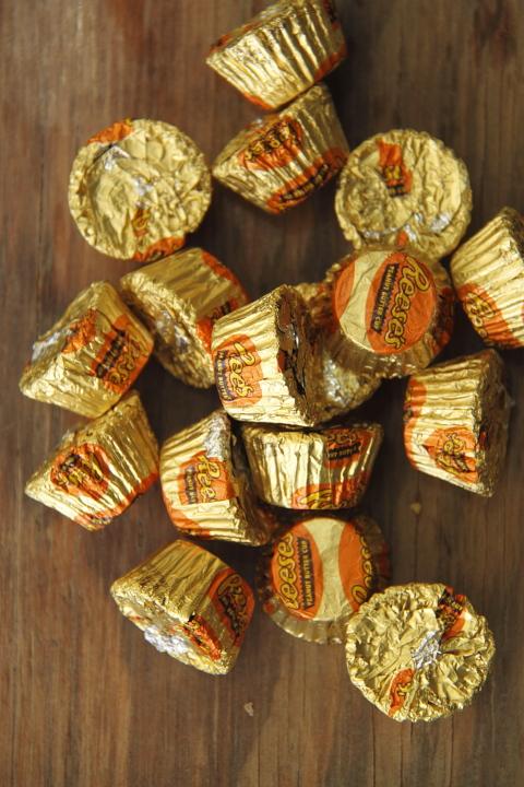 מוס חמאת בוטנים ושוקולד