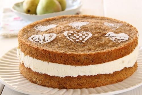 עוגת אגסים, מסקרפונה ואגוזי לוז