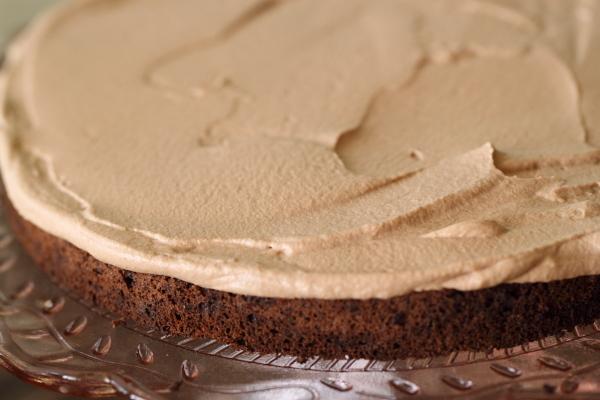 עוגת שכבות שוקולד ג'נדויה