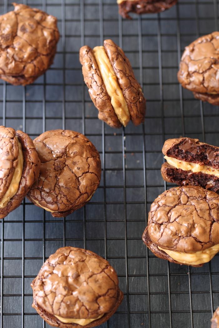 עוגיות פאדג' במלית חמאת בוטנים