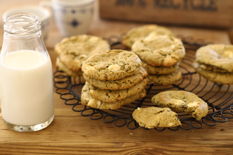 עוגיות אגוזים ושוקולד  ללא קמח (וגם ללא חמאה!)