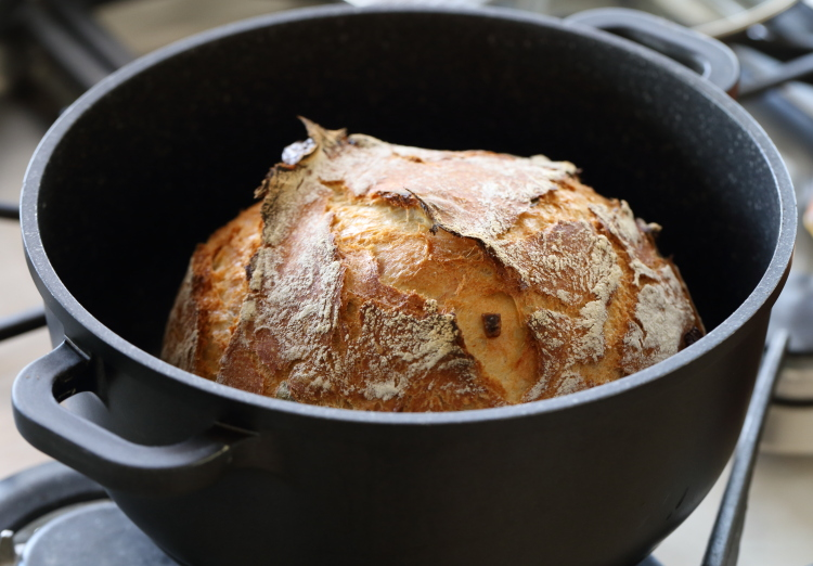 no knead olive bread