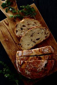 no knead olive bread