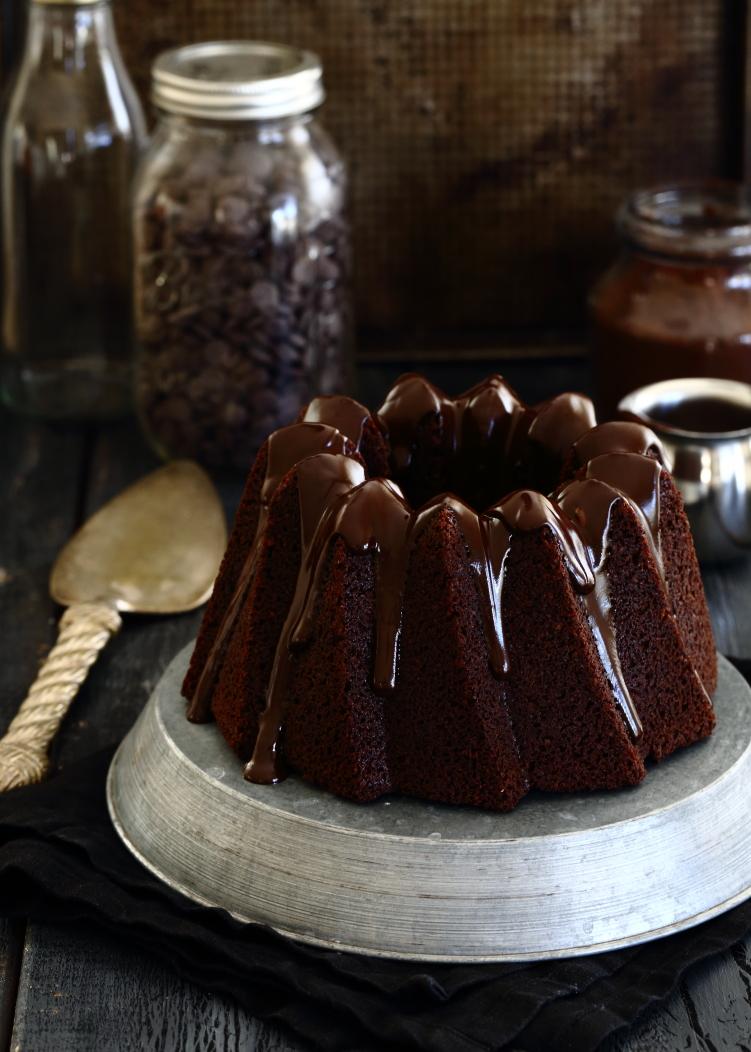 עוגת שוקולד טבעונית מושלמת