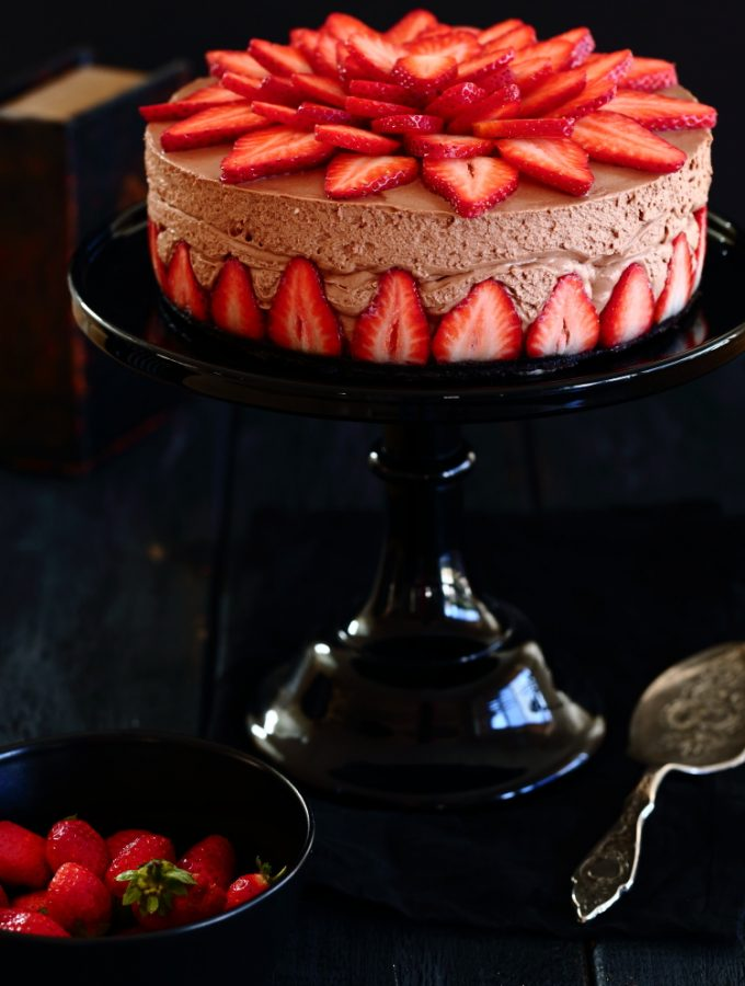 nutella strawberry chessecake