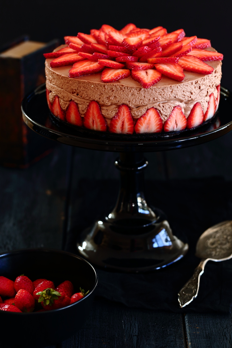 nutella strawberry chessecake