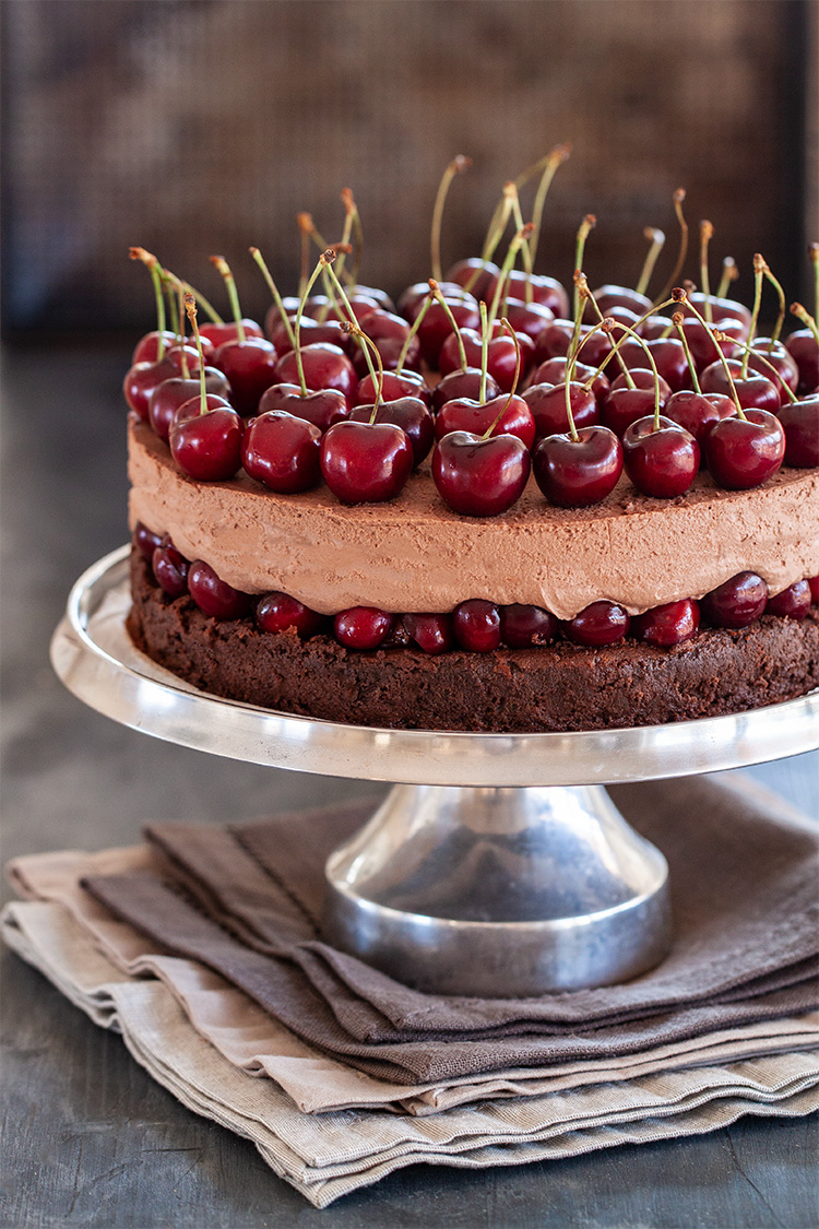עוגת שוקולד ודובדבנים ללא גלוטן