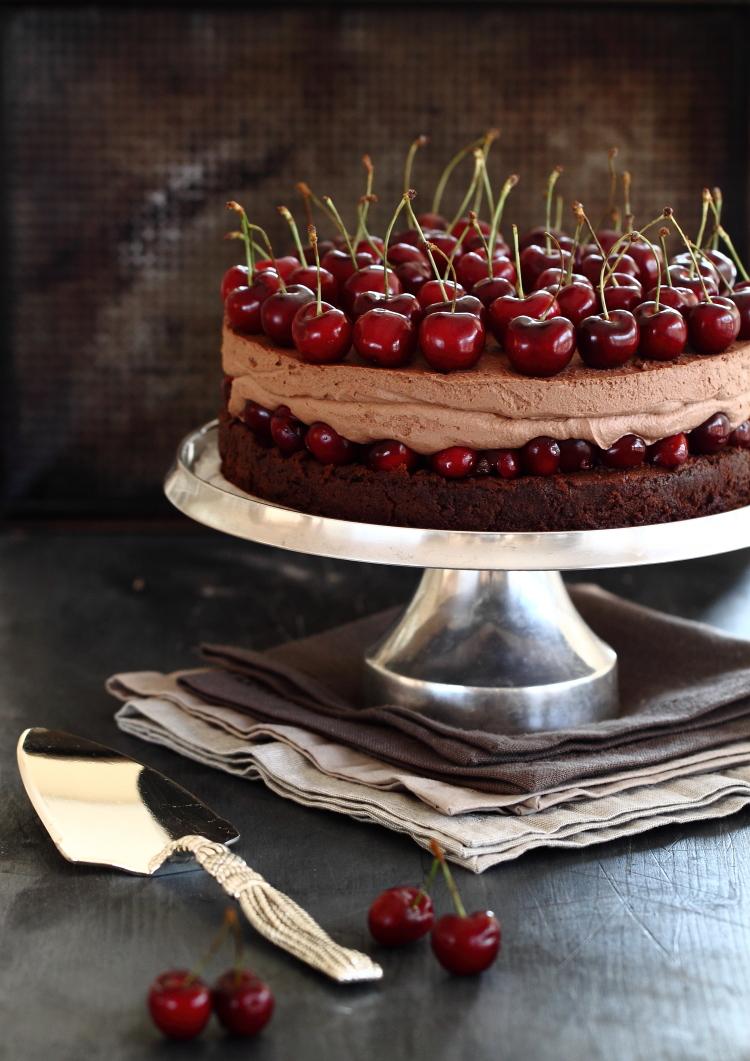 עוגת שוקולד דובדבנים ללא גלוטן