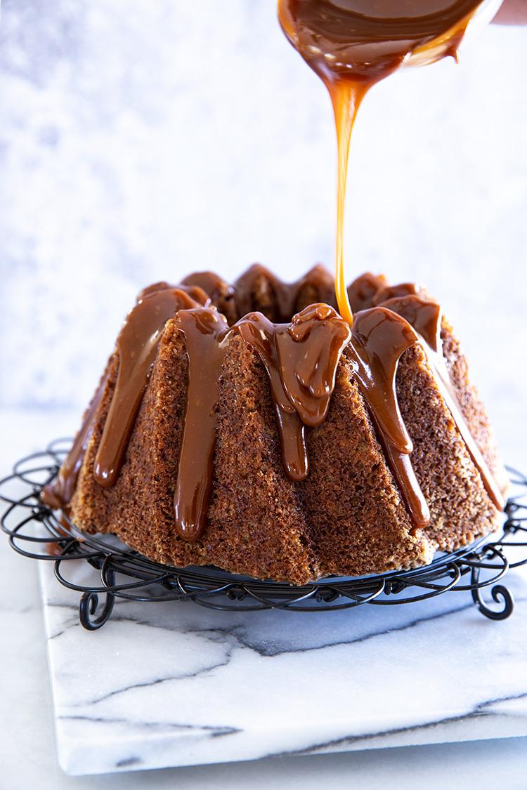 עוגת בננות וקרמל