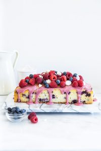 עוגת אוכמניות בחושה רכה וטעימה