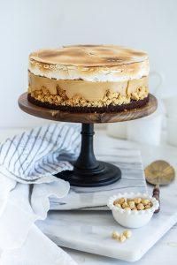 עוגת קרם פרלינה וקראמבל לוז חגיגית ומיוחדת