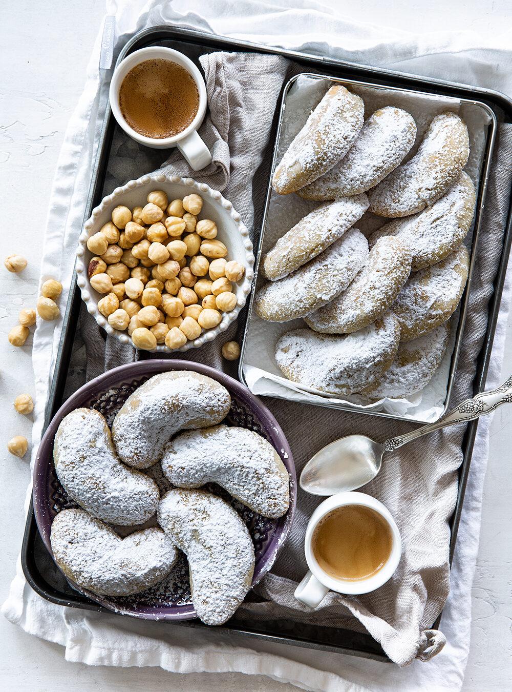 עוגיות אגוזי לוז ושקדים שאי אפשר להפסיק לאכול