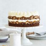 עוגת גבינה סניקרס